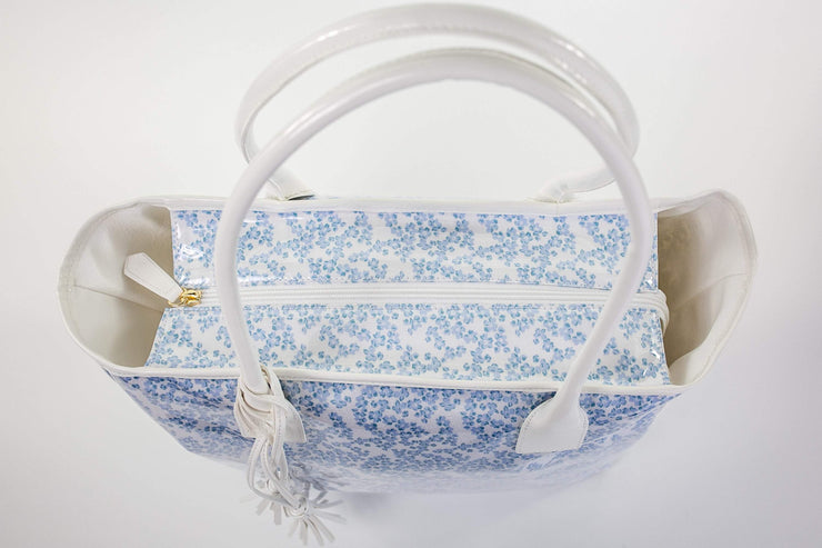 Beau & Ro Tote Beau Soleil Vinyl Tote | Blue Tiny Dot Floral