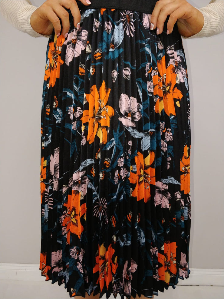 Clio Black Floral Pleated Skirt