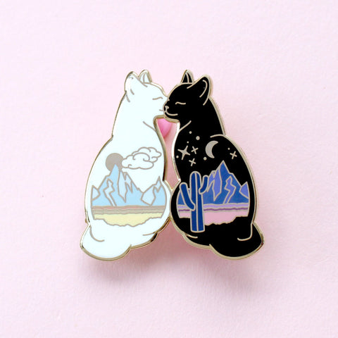 "Pin ""Desert Cats"""