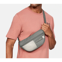 Under Armour Waist Bag MenAlive & Dirty