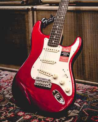 Focus on Sound Returns: Fender American Performer vs. Professional Strats