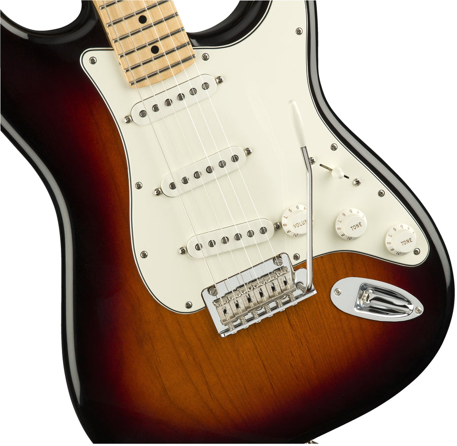 Fender Player Stratocaster  3 Tone Sunburst MN - Regent Sounds