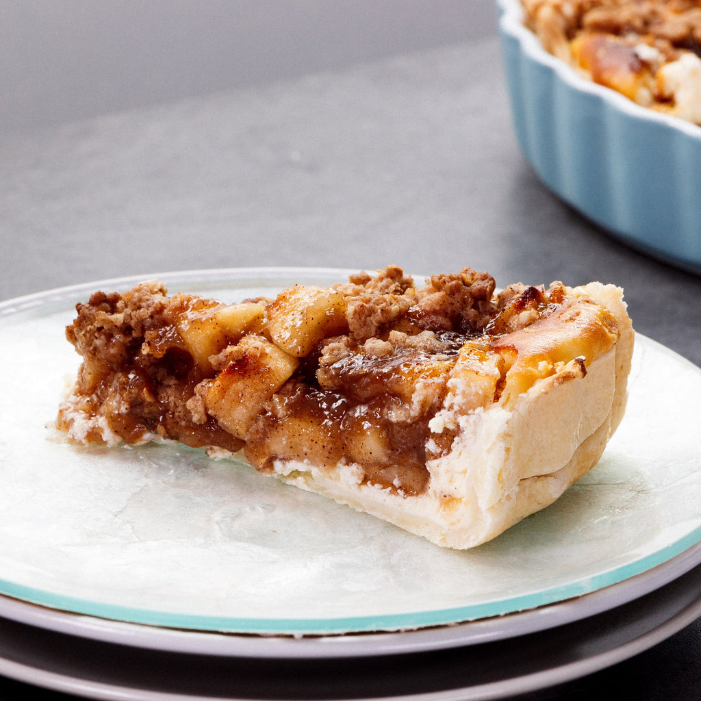 Apple Crubmle Cheesecake Pie
