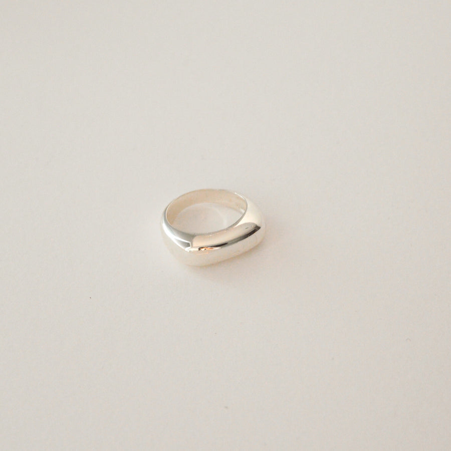 The Small Bold Ring