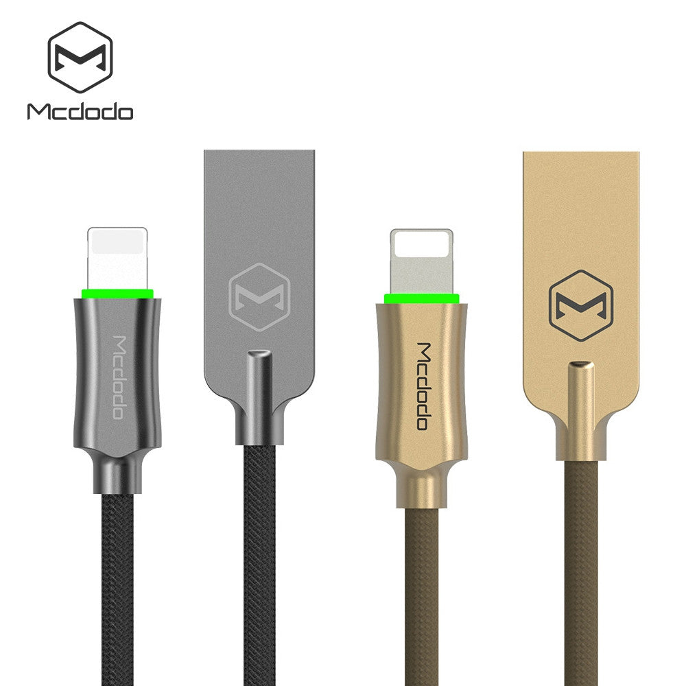 MCDODO CA - 390 8 Pin Charging Data Cable 1.2M 4FT