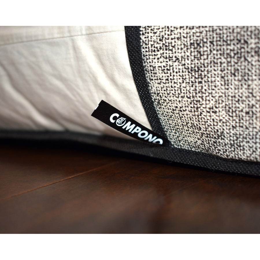 COMPONO logo on bottom of bag
