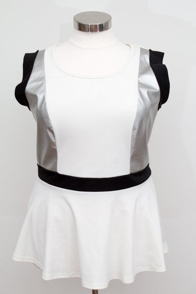 Torrid White Color Block Peplum Top With Silver & Black Detail - Size 2