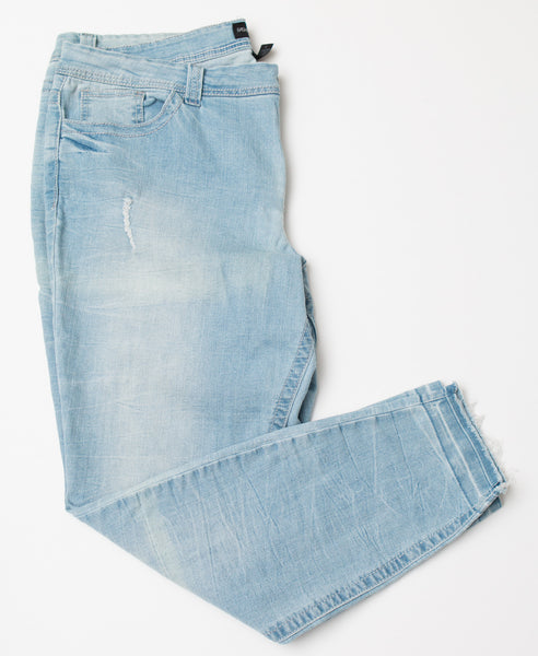 Fashion To Figure Light Wash Distressed Denim Jeans With Rough Hem -  Size 20