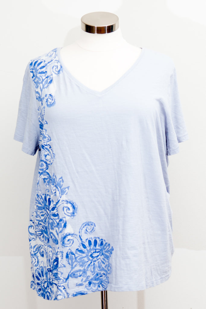 Lane Bryant - Light Blue T-Shirt With Design - Size 26/28