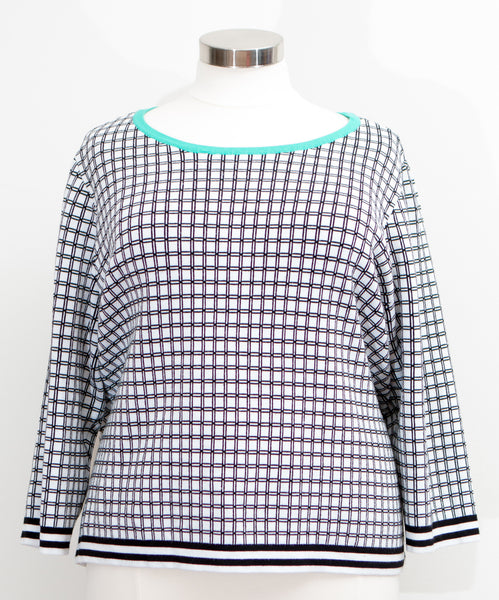 Cato - Black & White Patterned Crew Neck Sweater With Turquoise Neck Detail - Size 26/28