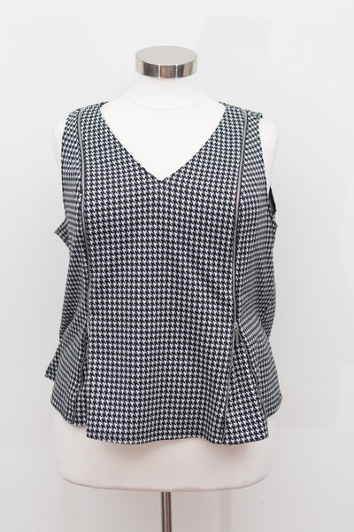 Lane Bryant - Black & White Houndstooth Front Zip Vest - Size 22/24