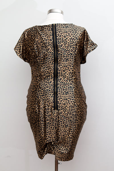 Monif C. - Super Stretchy Body Con Cheetah Dress With V-Neck and Back Gold Zipper Detail - Size 2 (2X)