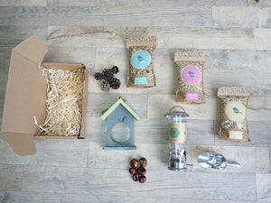 Video: Take a look at Ben unboxing the Bird Feeder Gift box
