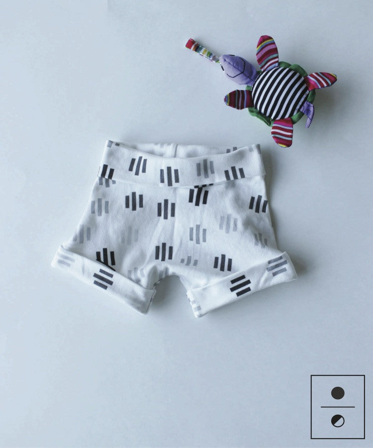 Geometric Domino - Spurts Shorts - MoMa Baby