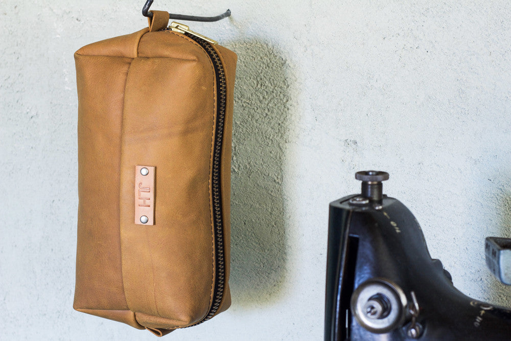 Leather Dopp Kit | Camel - Valentich