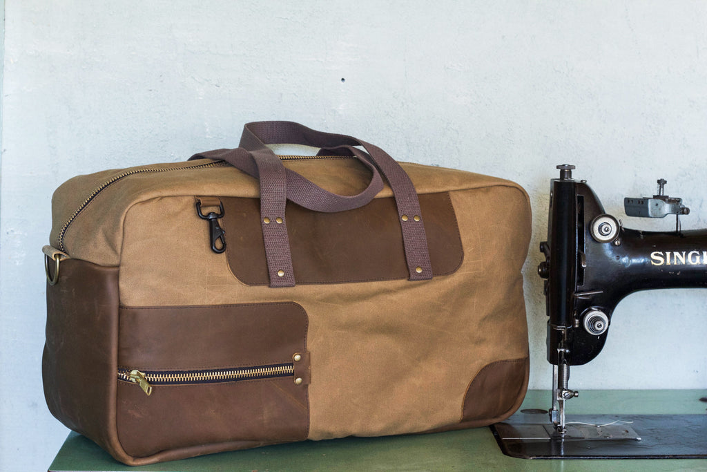 Waxed Canvas Weekend Duffel | Field Tan