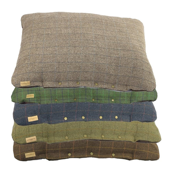 Tweed Pad Bed - Doghouse