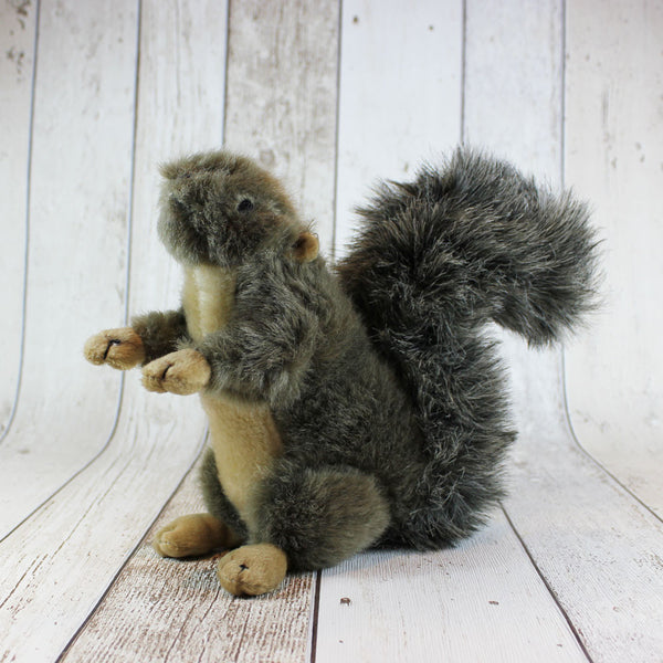 Country Squirrel Dog Toy - Doghouse