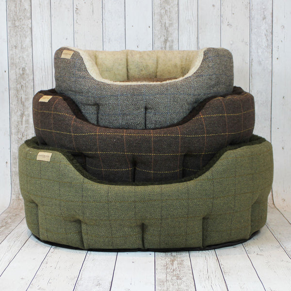 Luxury Tweed Snuggle Dog Beds