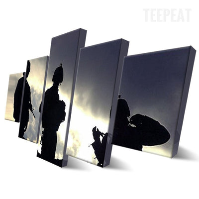 Soldiers On Guard Painting - 5 Piece Canvas