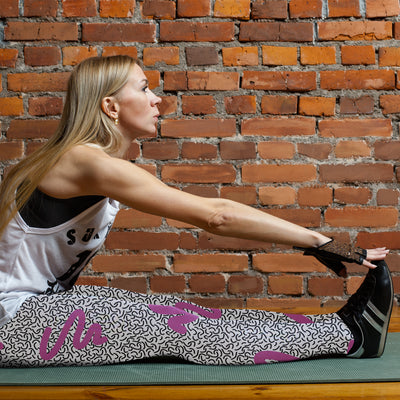 Purple Waves Memphis Style Leggings