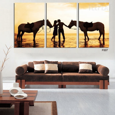 Sunset Lovers on the Beach - 3 Piece Canvas