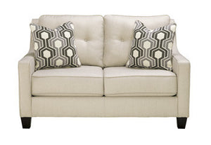 Guillerno-Alabaster Loveseat