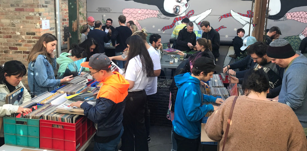 Record fair Melbourne