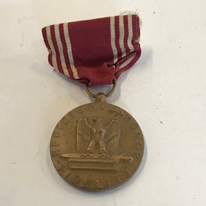 "WWII ""For Good Conduct"" Efficiency / Honor / Fidelity Medal with Ribbon Pin"