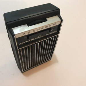 Vintage Motorola XP30FE  FM/AM All Transistor Portable Radio