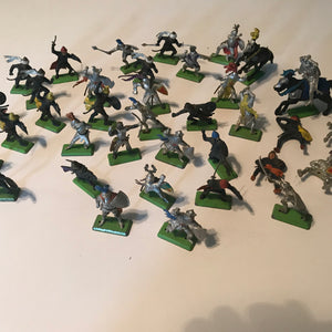 Britain Deetail Miniatures toy soldiers Lot 37 with Horses