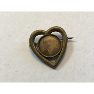 Vintage brass Heart style photo brooch, pin w/picture