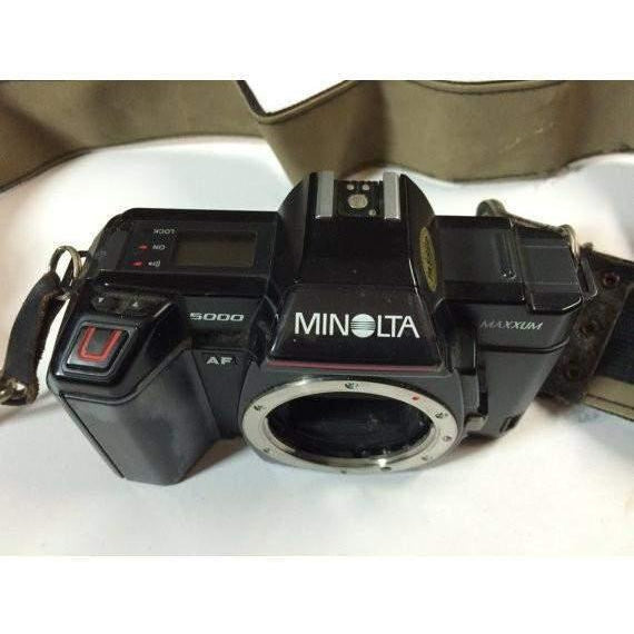 Minolta Black Maxxum 5000 35mm SLR Film Camera Body w strap (Working)