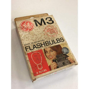 Box of 8 GE Flashbulbs M3 in Original Box POLAROID - Annzstiques