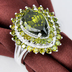 August Brthstone Full Peridot Silver Plated Ring