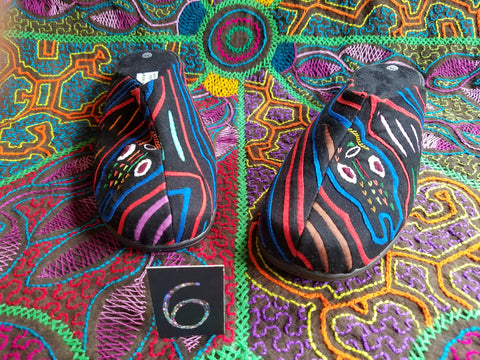 Clog Mule Mola Shoes - Size 6 - Sassy Serpent