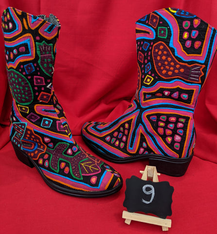 Cowgirl Zipper Mola Boot size 9 - Laila