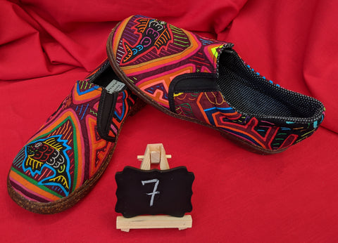 Moccasin Mola Shoes  - Size 7 - Idaian