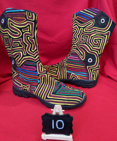 Infinity Zipper Mola Boot size 10 - Giggles