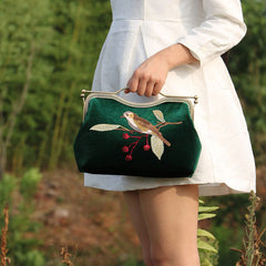Women Clutch Vintage Velvet Embroidery Bird Kisslock Metal Frame Party Evening Handbag Women Wallet