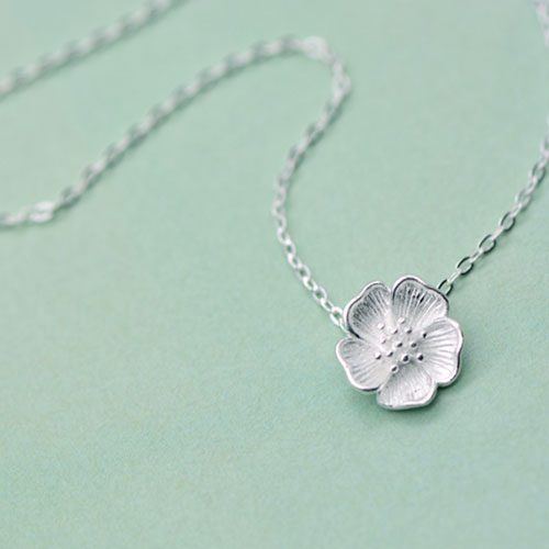 Necklace Silver Sakura Flower Pendant Chokers Gift Jewelry Accessories Women