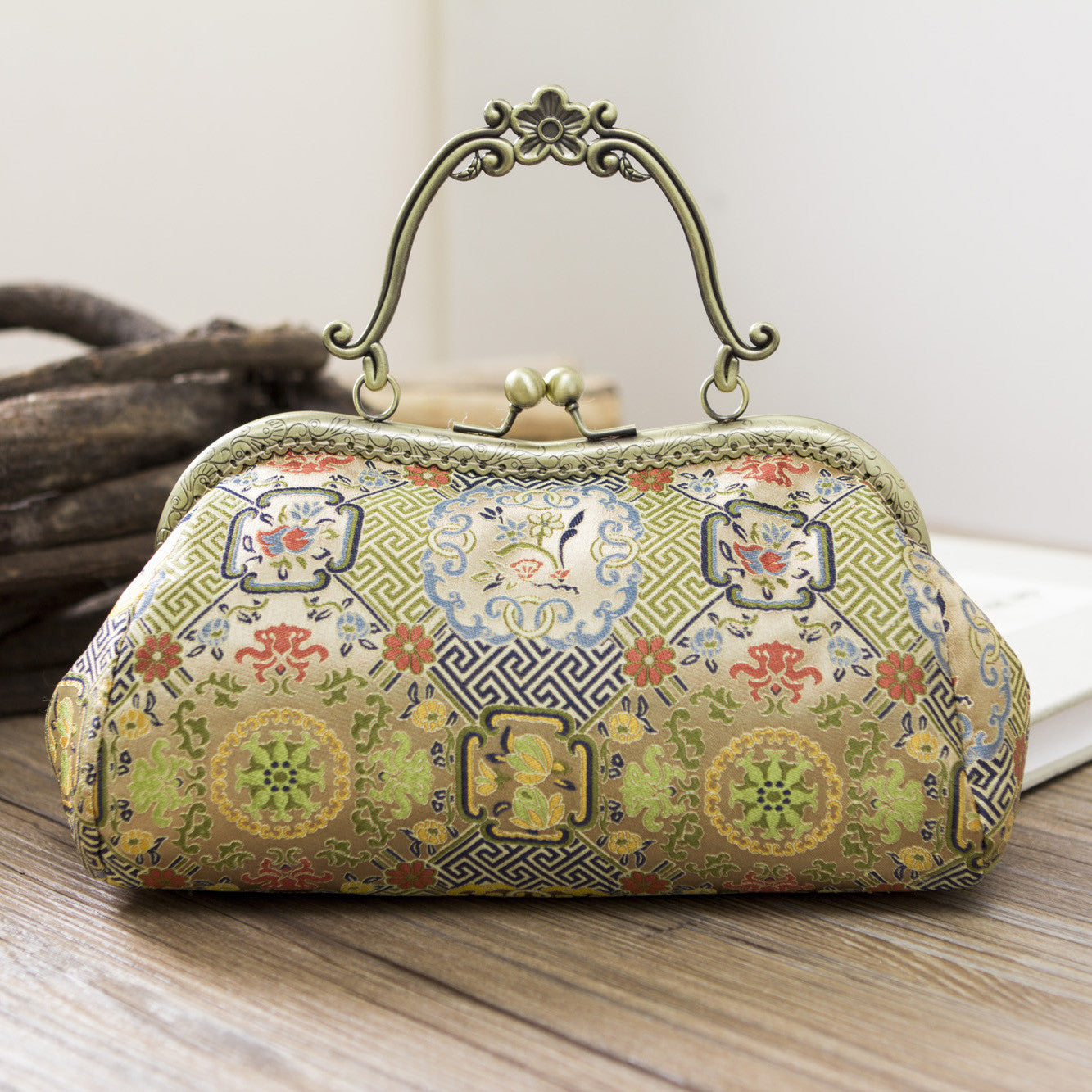 Handmade women clutch doupion silk Chinese embroidery handbag clutch long women wallet