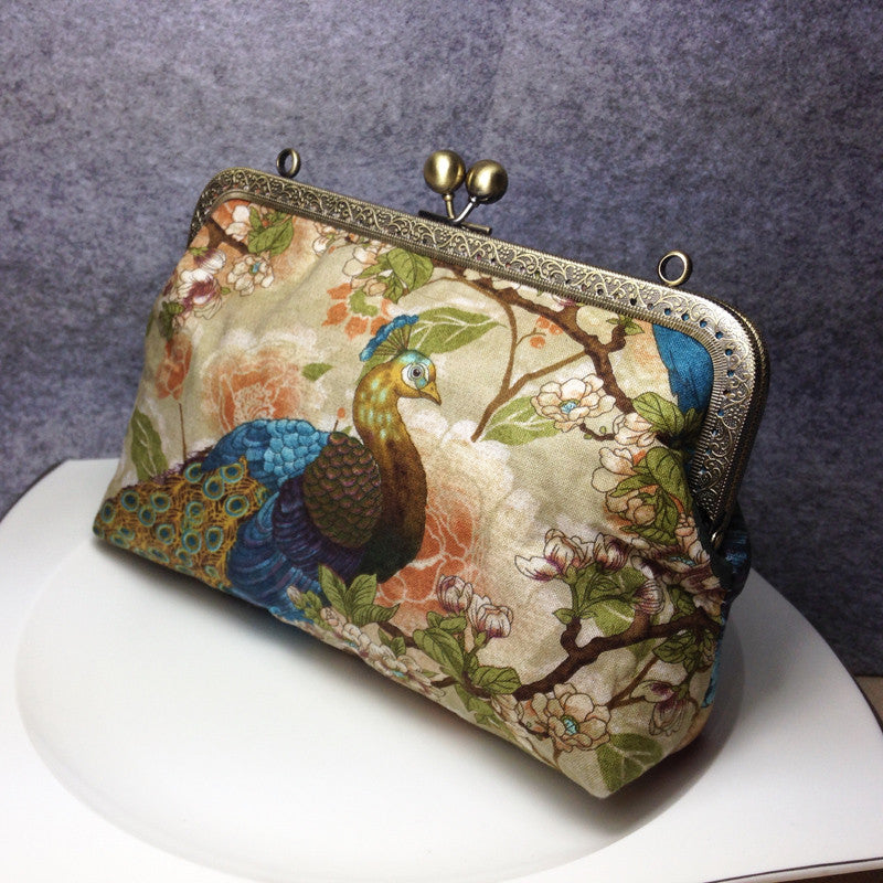 Handmade women clutch peacock Chinese shoulder bag clutch long women wallet