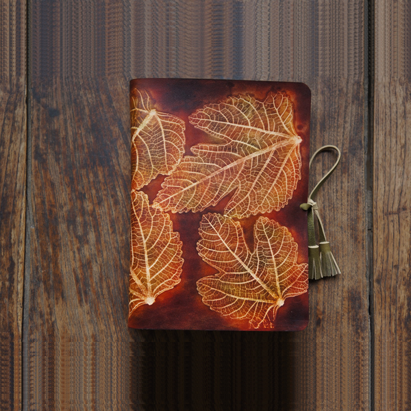 Handmade Leather Notebook Journal Tooled Leaves A5 Loose-Leaf Travel Book Personalized Monogrammed Gift Custom Women Cute Journal