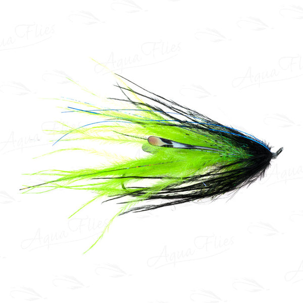 Single Station Intruder black/chartreuse fly