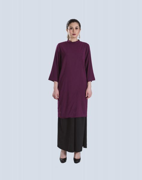 Musfira Assymmetrical Top In Purple