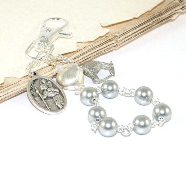 Clip on rosary with kiwi charm