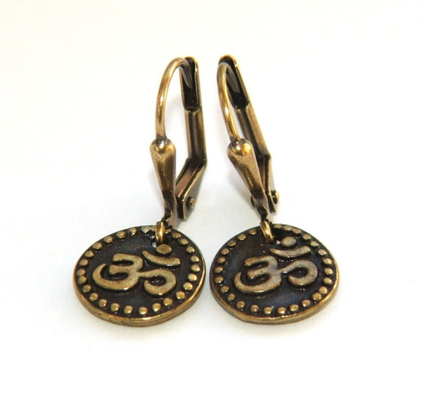 Women's om earrings