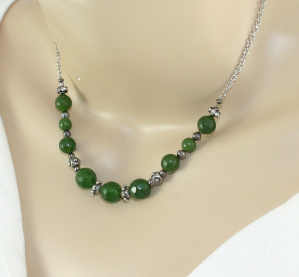 Green gemstone bead necklace
