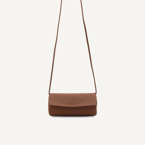 Jūgoya full moon bag chestnut | Monk and Anna